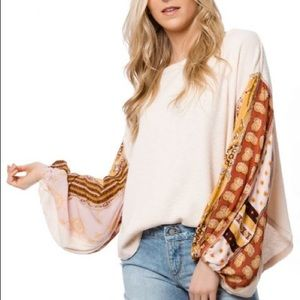Blossom Balloon-Sleeve Thermal Top